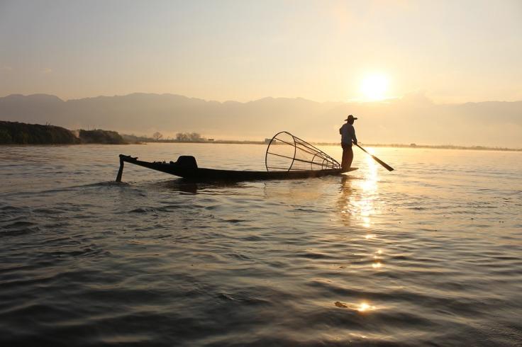 fisherman-239487_960_720